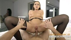MILF Audrey Hollander and Trina Michaels Fuck In Foursome Thumb