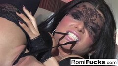 Hot blonde babe in Black Latex get fucked Thumb