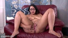 Cute Stacy Silver Pounded Hard Thumb