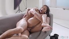 Masturbating Girl has no Idea its being filmed Thumb