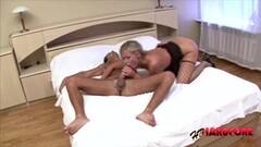 Seductive amateur dildo fucks her hot pussy Thumb
