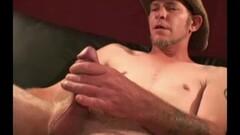 Preggo blonde masturbating Thumb