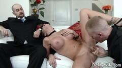 Gorgeous blonde sucking cock Thumb