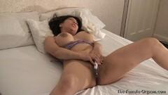 Callie Calypso tied up Thumb