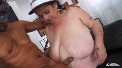 Hot backseat sex for a Czech brunette Thumb