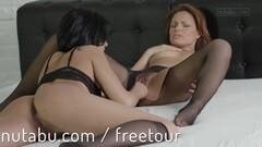 Sexy big boobs babe gets slammed on sofa Thumb