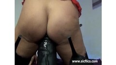 Hot Milf with 1 HOT BEEFY PUSSY WOW LQQK Thumb
