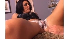 Hot pussy shaving session with horny milf before hardcore pounding Thumb