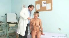Older Vanda gyno pussy speculum checkup at gyno clinic Thumb