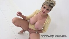 Naughty Big tit mature Lady Sonia has such a filthy mind Thumb