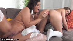 21Sextreme My StepMilf Knows How To Use A Vibrator Thumb